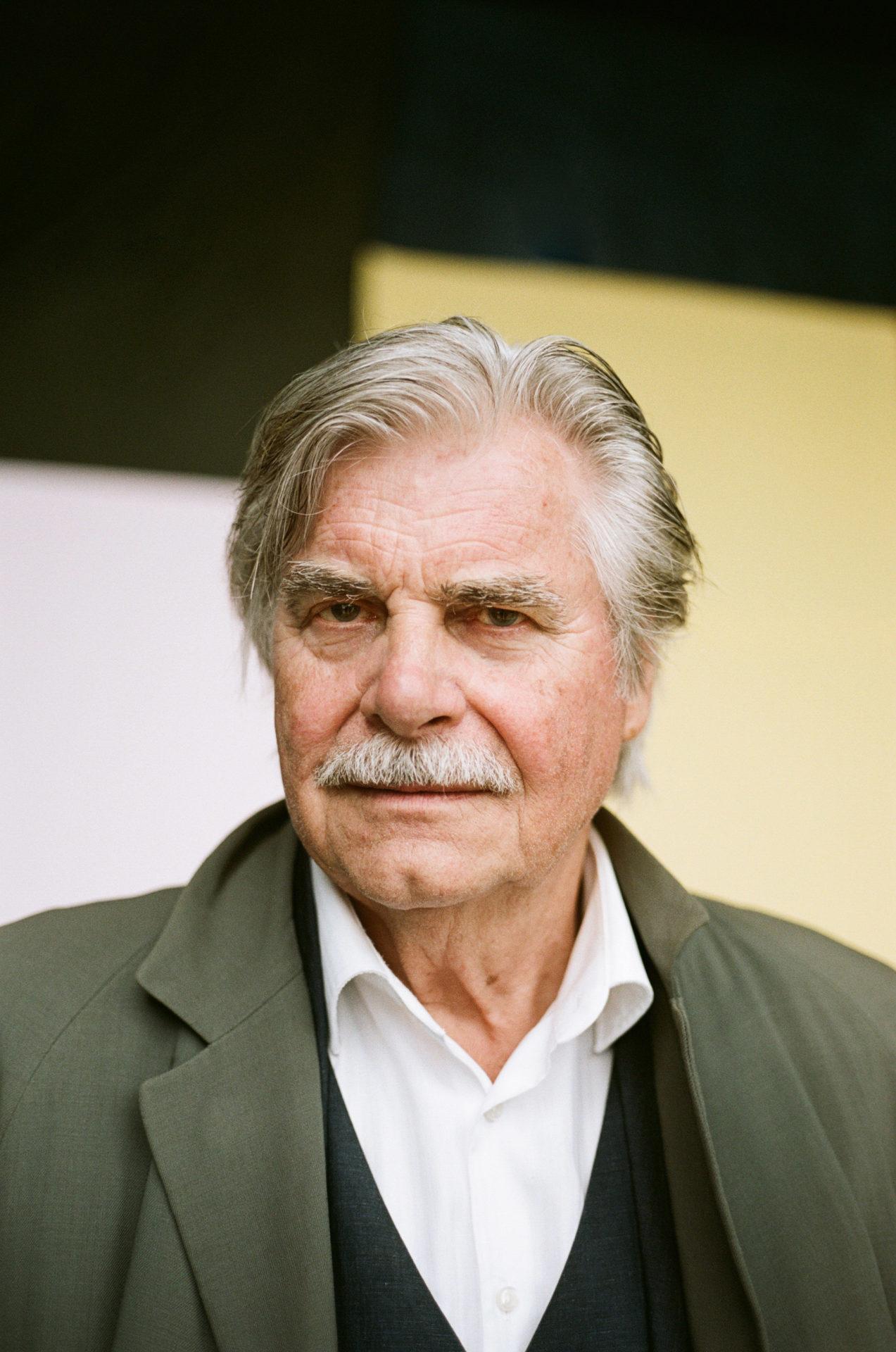 Peter Simonischek über Unterhaltung und Erkenntnis im Theater