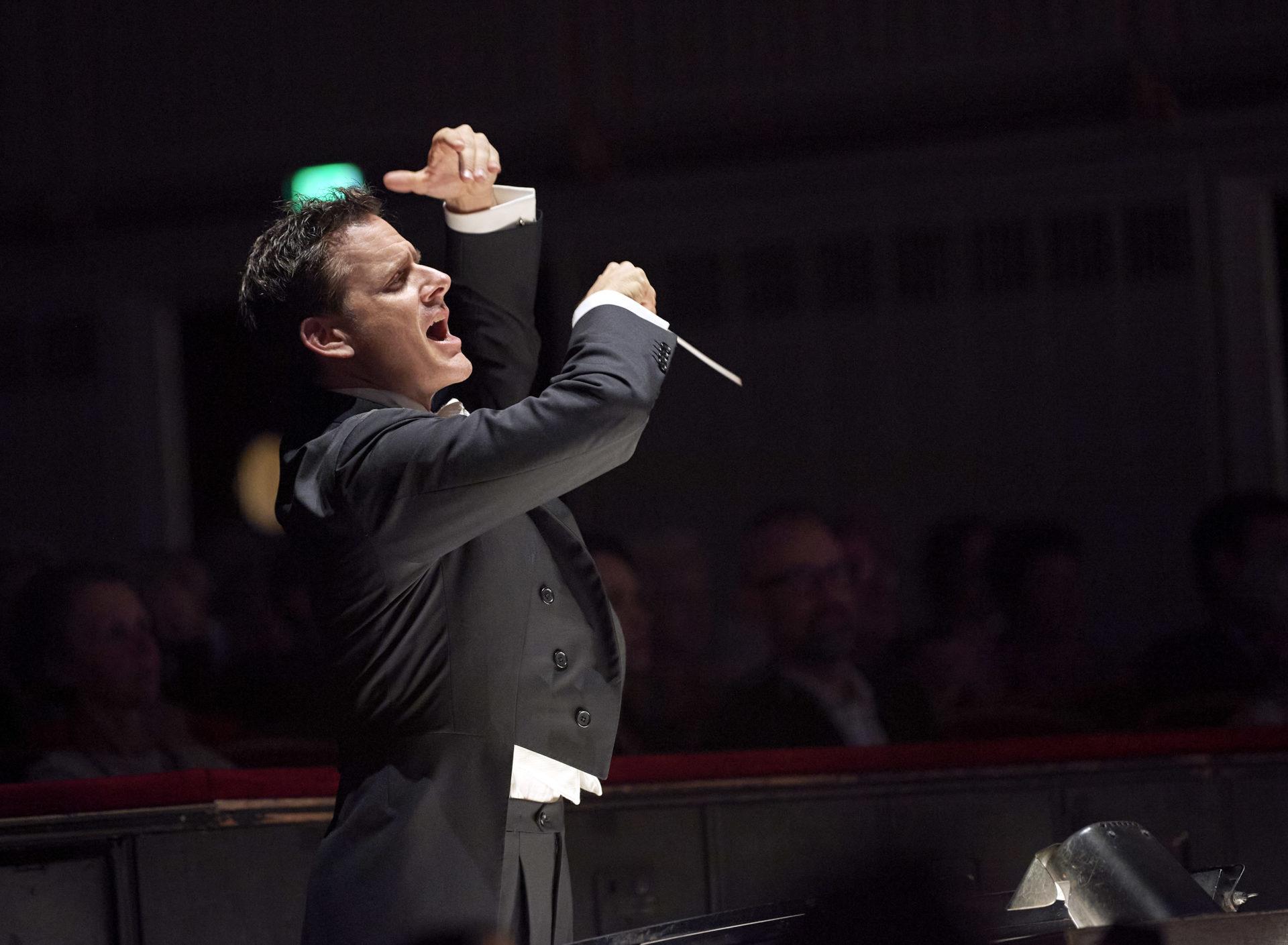 """Philippe Jordan dirigiert den Rosenkavalier: """"Der Walzer schwingt von selbst"""""""