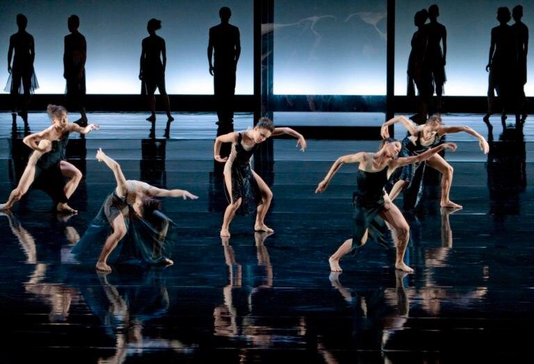 LTO_Schlaepfer_EinDeutschesRequiem_03_BallettamRhein_2011_FOTO_GertWeigelt