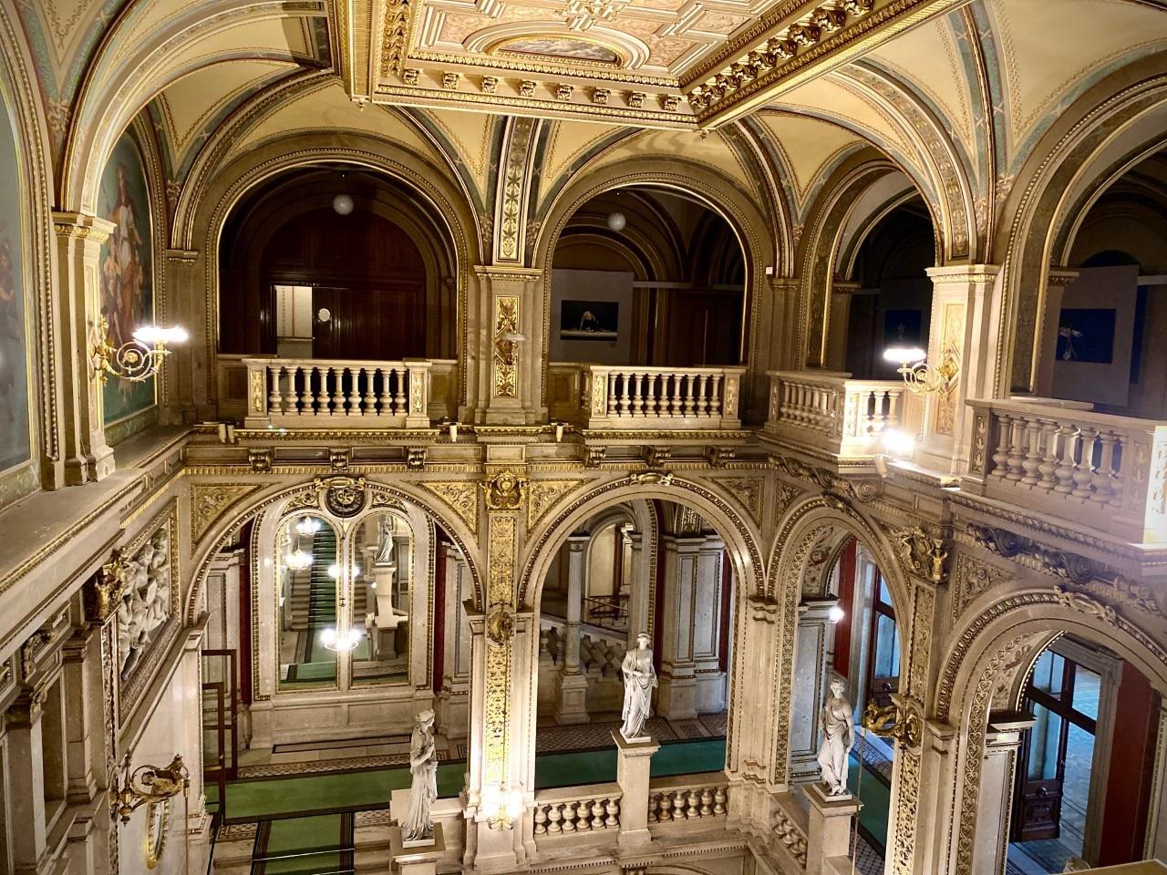 Die Wiener Staatsoper sperrt wieder auf – als Architektur-Museum