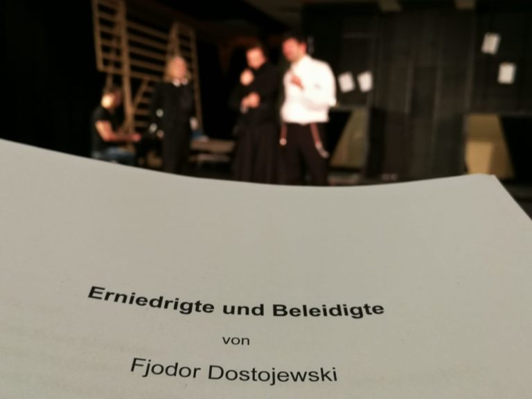 dostojewskivolkstheater