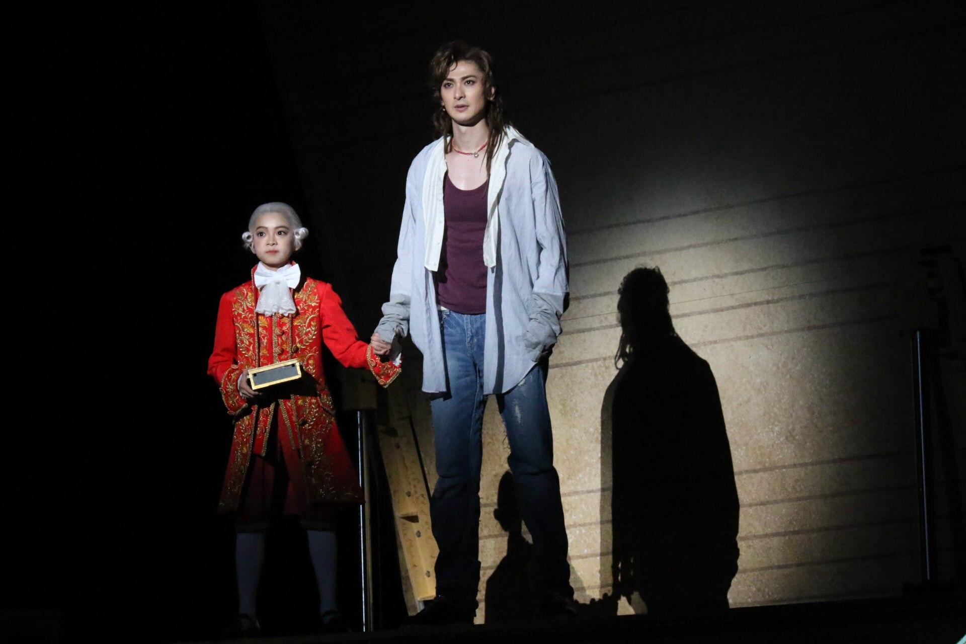 Mozart und Elisabeth big in Japan: Musicals eröffnen in Osaka und Tokio